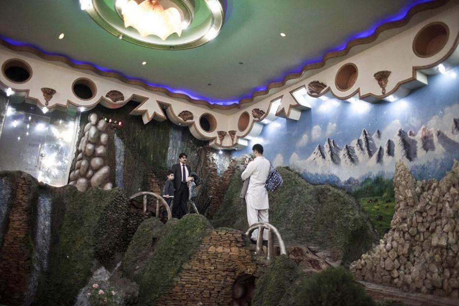 http://sandracalligaro.com/files/gimgs/th-34_CALLIGARO_AFGHAN DREAM_03_v2.jpg